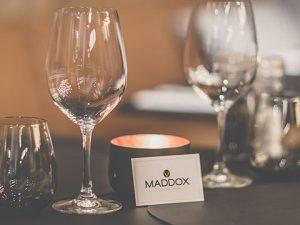 Logo: Logo en Website voor restaurant Maddox in Kortrijk
